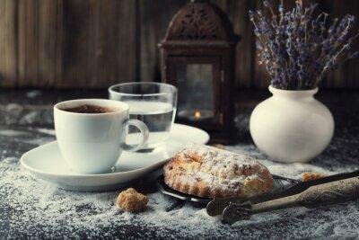 Obraz Drożdżówka z serem i kawy.
