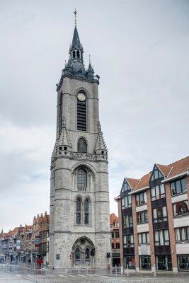 Dzwonnica (po francusku: beffroi) w Tournai w Belgii