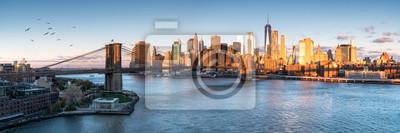 Obraz East River mit Blick auf Manhattan und die Brooklyn Bridge, Nowy Jork, Stany Zjednoczone