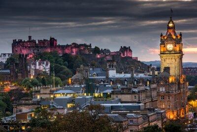 Obraz Edinburgh castle and Cityscape at night, Scotland UK