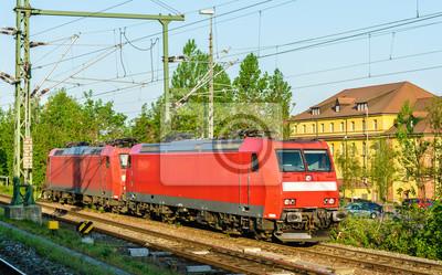 Elektryczne lokomotywy na stacji Kehl w Niemczech