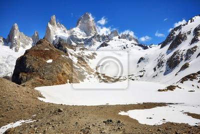 Fitz Roy Mountain Range, Los Glaciares National Park, Argentina.