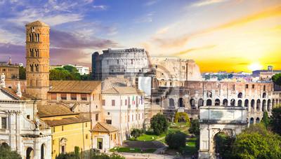 Forum Romanum i Koloseum nad słońca