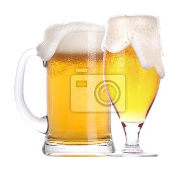 Frosty szklanka piwa samodzielnie