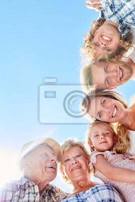 Obraz Glückliche erweiterte Familie oder Großfamilie
