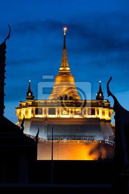 Golden Mountain Temple lub Wat Saket Bangkok.