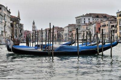 Obraz Gondole na kanale w Wenecji