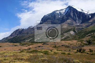 Góry w Parku Narodowym Torres del Paine