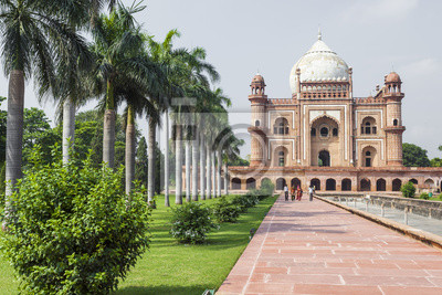 Obraz Grób Safdarjung w New Delhi, Indie. Został zbudowany w 1754 roku w stylu późnego imperium Mogołów.