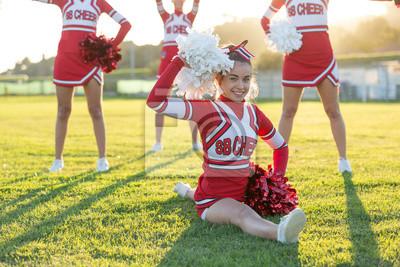 Obraz Grupa Cheerleaders w Dziedzinie