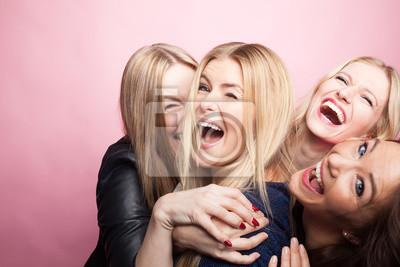 Obraz Gruppe Junger Frauen macht Partyfoto