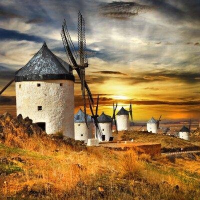 Obraz Hiszpania Consuegra. wiatraki na zachodzie słońca,