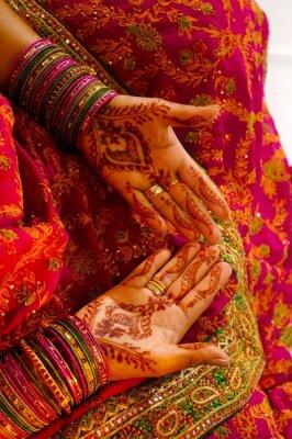 Obraz Indian bride ślub coraz henna stosowane