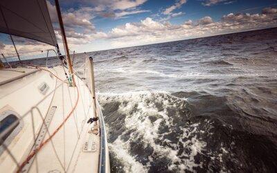 Obraz Jacht żaglowy jacht żeglarstwo w Morzu Bałtyckim
