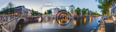 Keizersgracht kanał w Amsterdamie, Holandia.