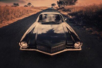 Obraz klasyczny samochód sportowy na wiejskich drogach