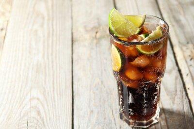 Obraz Koktajl z cola i lód