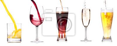Kolekcja różnych obrazów alkoholu samodzielnie