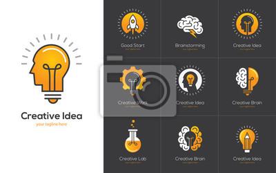Obraz Kreatywne logo pomysł z ludzką głową, mózgiem, żarówką.