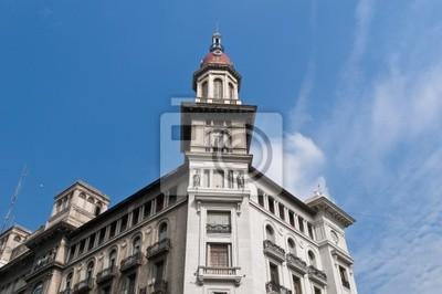 La budynek fasada Inmobiliaria blisko Congreso placu.