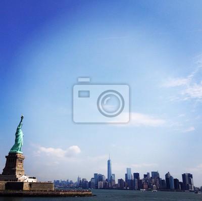 Lady Liberty z widokiem na Manhattan