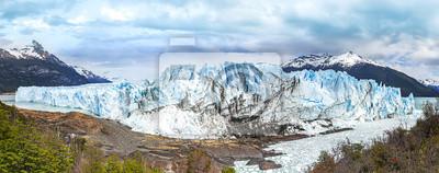 Lodowiec Perito Moreno w Parku Narodowym Los Glaciares.