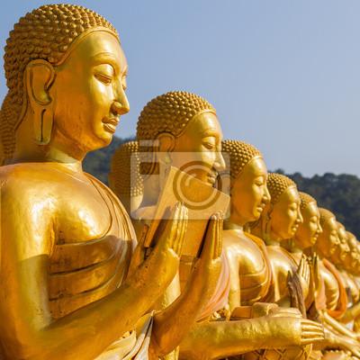 Makha Bucha, Budda z 1250 uczniów posąg