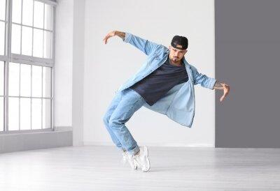Obraz Male hip-hop dancer in studio
