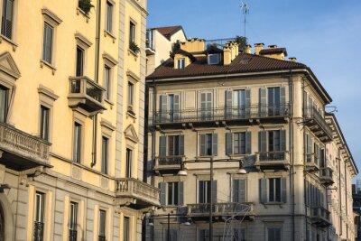 Obraz Mediolan (Włochy): starych budynków mieszkalnych