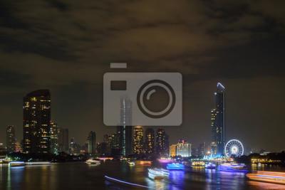 Miasto / miasto w nocy, Bangkok, Tajlandia.