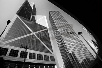 Obraz Miasto nowoczesna architektura w perspektywie, wysokie budynki z nieba w czerni i bieli