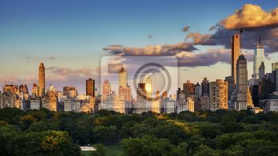 Obraz Miasto Nowy Jork Górna wschodnia część linia horyzontu nad central park przy zmierzchem, usa.