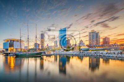 Obraz Milwaukee, Wisconsin, USA miasta w centrum linia horyzontu na jezioro michigan