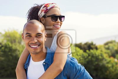 Obraz Młoda afrykańska para w miłości