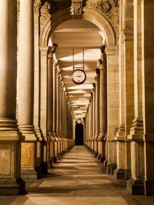 Obraz Młyn kolumnada w nocy