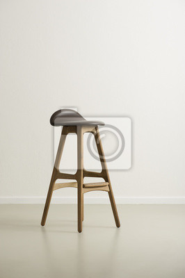 Moderrn drewniany stołek barowy z siedziskiem skórzanym