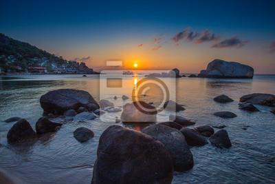Morza i rock na zachodzie słońca. Skład charakter.
