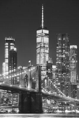 Most Brookliński i Manhattan nocą, Nowy Jork, usa.