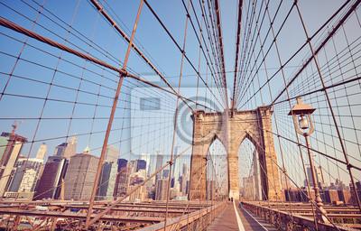 Most Brookliński przy wschodem słońca, rocznika stylizowany obrazek, Miasto Nowy Jork, usa.