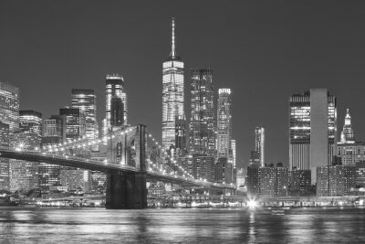 Obraz Most Brooklyński i Manhattan linia horyzontu przy nocą, Miasto Nowy Jork, usa.