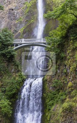 Most nad Multnomah Falls