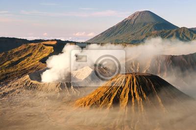 Mount Bromo wulkanów w Tengger Caldera, Jawa, Indonezja.
