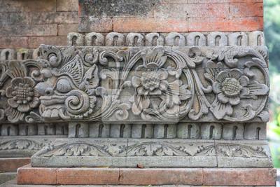 mur z kamienia rzeźba w Bali, Indonezja.