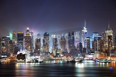 Obraz New York City Manhattan skyline panorama w nocy nad Hudson River z refelctions widzianej z New Jersey