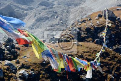 Ngozumba lodowiec w Nepalu. Zima z plecakiem w Himalajach. Nepal Trekking i podróże zapewnić odpowiednie miejsce dla nie zapominając trekkingowe wyprawy w Himalaje.
