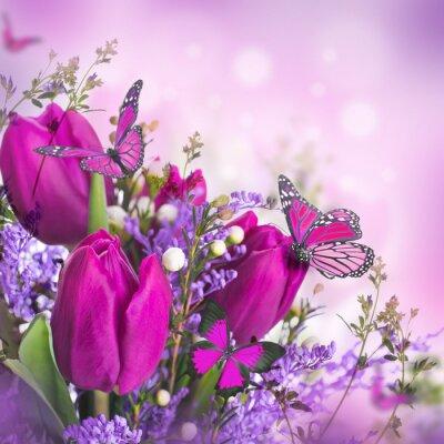Obraz Niebieskie tulipany z mimozy i motyl