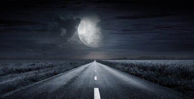 Obraz noc asfaltową drogą