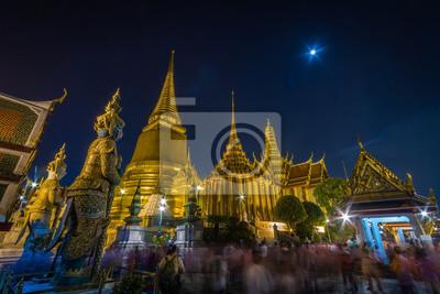 Nocy scena Wat Phra Kaew Uroczysty pałac ThailandThailand