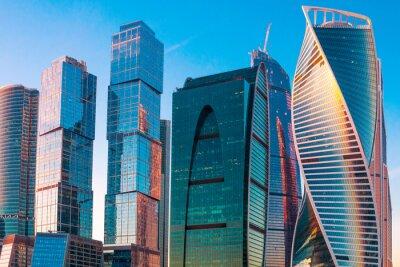 Obraz Nowoczesne wieżowce centrum biznesu w Moskwie o zachodzie słońca