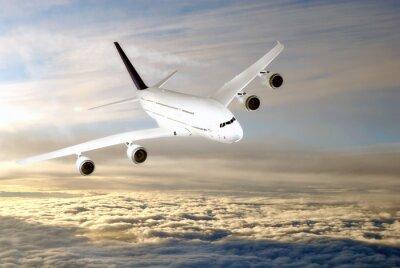 Obraz Nowoczesny samolot na niebie w pobliżu lotniska .